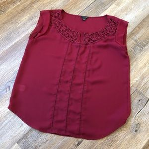 Ann Taylor deep red tank size small